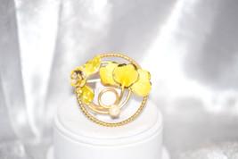 Vintage Brooch Enamel Circle Flower with Single Imitation Pearl - $18.00