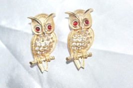 Vintage Signed Avon Twin Scatter Pins Owls with Red Rhinestone Eyes - $18.00
