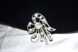 Vintage 1940s Era Clear Rhinestone Abstract Floral Silver Tone Pin - $9.00