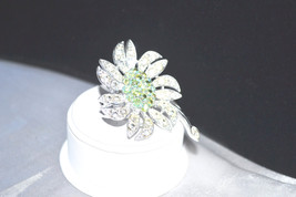 Vintage Sarah Coventry 1968 Mountain Flower Brooch - $18.00