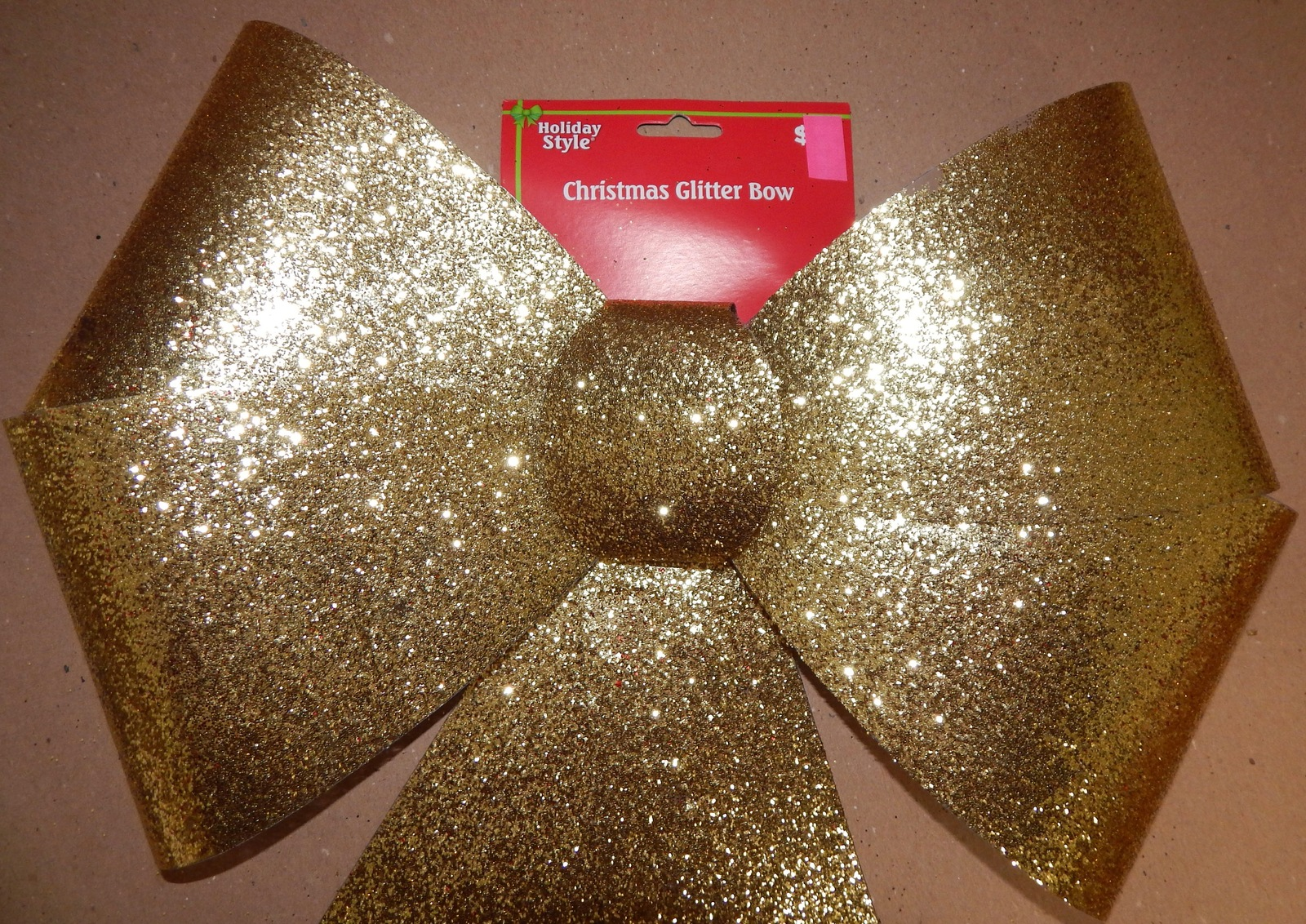 "Bow Gold Glitter 15"" x 20"" Gold Glitter Coated Plastic indoor/outdoor 104R"