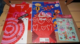 Valentine Decor Mix Lot 5 Items Party Gift Bags & Stickers Window Clings... - $7.49