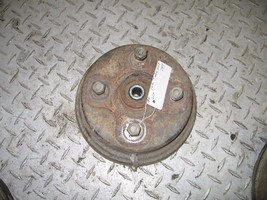 YAMAHA 1991 TIMBERWOLF 250 2X4 RIGHT FRONT BRAKE DRUM HUB   PART 29,958 - $34.65
