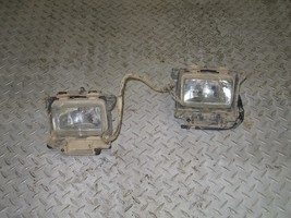 HONDA 2004 FOREMAN RUBICON 500 4X4 LOWER FRONT HEAD LIGHTS PART 25,853 - $50.00