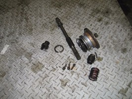YAMAHA 1998 GRIZZLY 600 4X4 MIDDLE OUT PUT SHAFT   PART 27,107 - $50.00