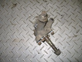 YAMAHA 1991 250 MOTO4 2X4  LEFT FRONT SPINDLE  PART 27,261 - $20.00