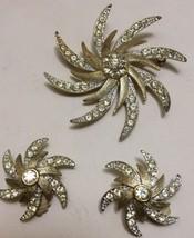 Vintage Sarah Coventry Rhinestone Starburst Pin Brooch Clip Earring Set Goldtone - $24.12