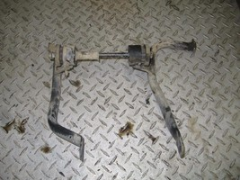 KAWASAKI 1997 400 PRAIRIE 4X4  REAR ENGINE MOUNT   PART 26,220 - $19.80