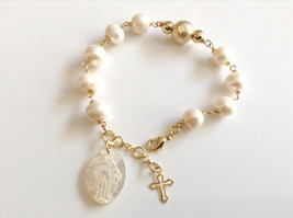Virgin Mary pendant bracelet Miraculous Medal freshwater pearls bracelet  - £22.43 GBP
