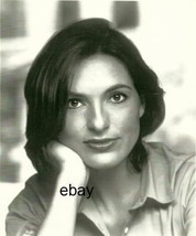 Mariska Hargitay  Law & Order Special Victims     8 X 10 Photo  3645g - $14.99