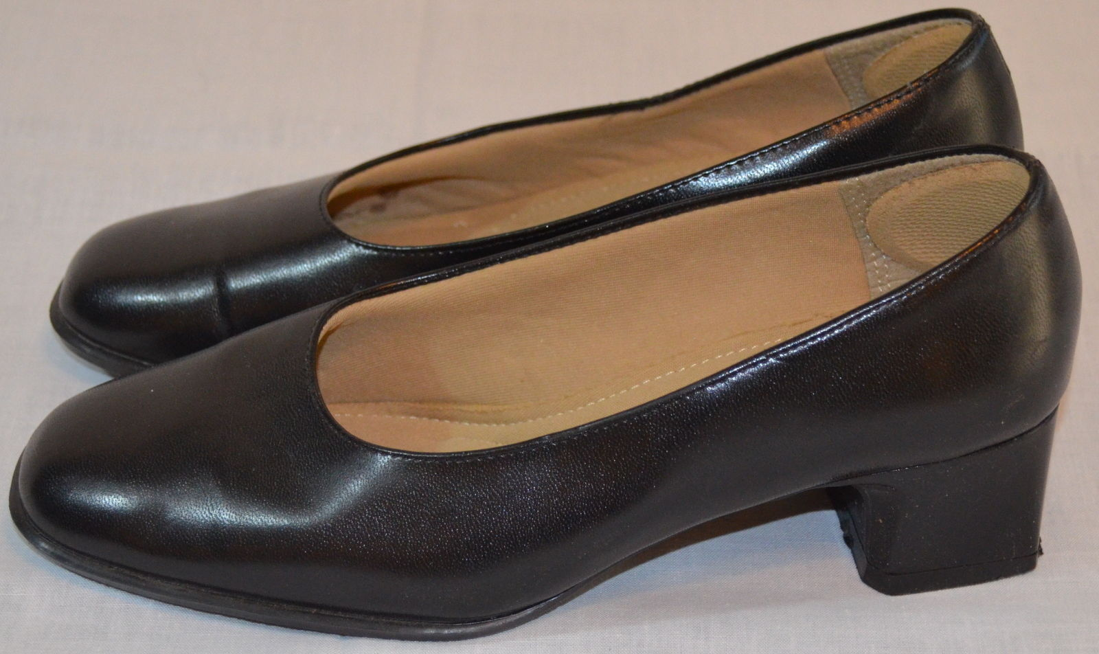 7744e62064019 Comfort First by Fanfares Women's Black and 15 similar items