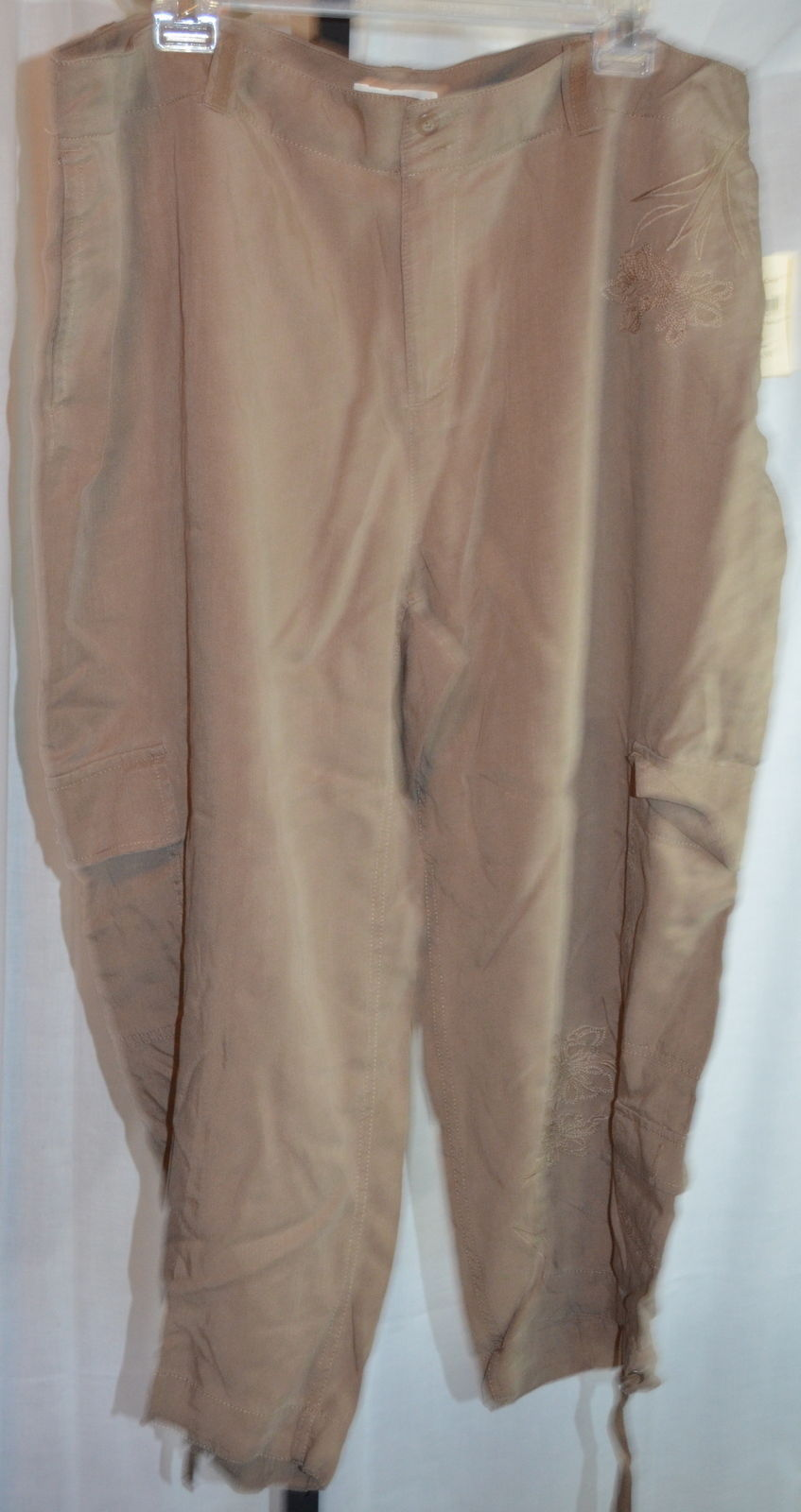 Coldwater creek brown embroidered tencel capri cropped