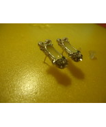 YELLOW GEMMED PAIR OF EARRINGS >L@@K<   WE COMBINE SHIPPING  (396) - $2.00