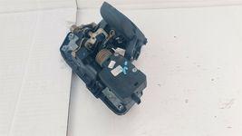 Mercedes W211 S211 E320 E500 Wagon Liftgate Trunk Latch Handle 2117400293 image 5