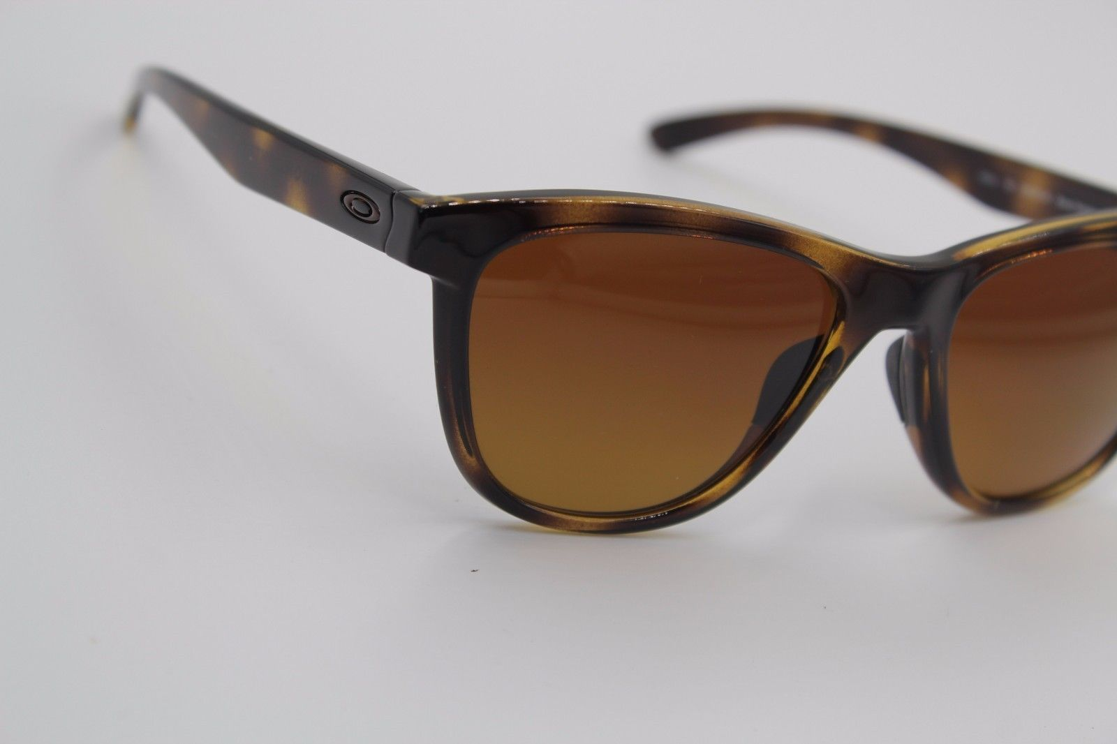 667a2968177 NEW OAKLEY OO9320-04 TORTOISE MOONLIGHTER POLARIZED AUTHENTIC SUNGLASSES  53-17 !