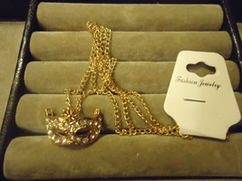 Gp Masquerade Rhinestone Mask Pendant Necklace Combined Shipping (Z85) - $2.99