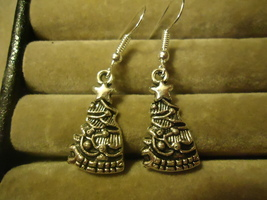 CHRISTMAS TREE DANGLE EARRINGS     C/S & H AVAILABLE   (Z93) - $2.25