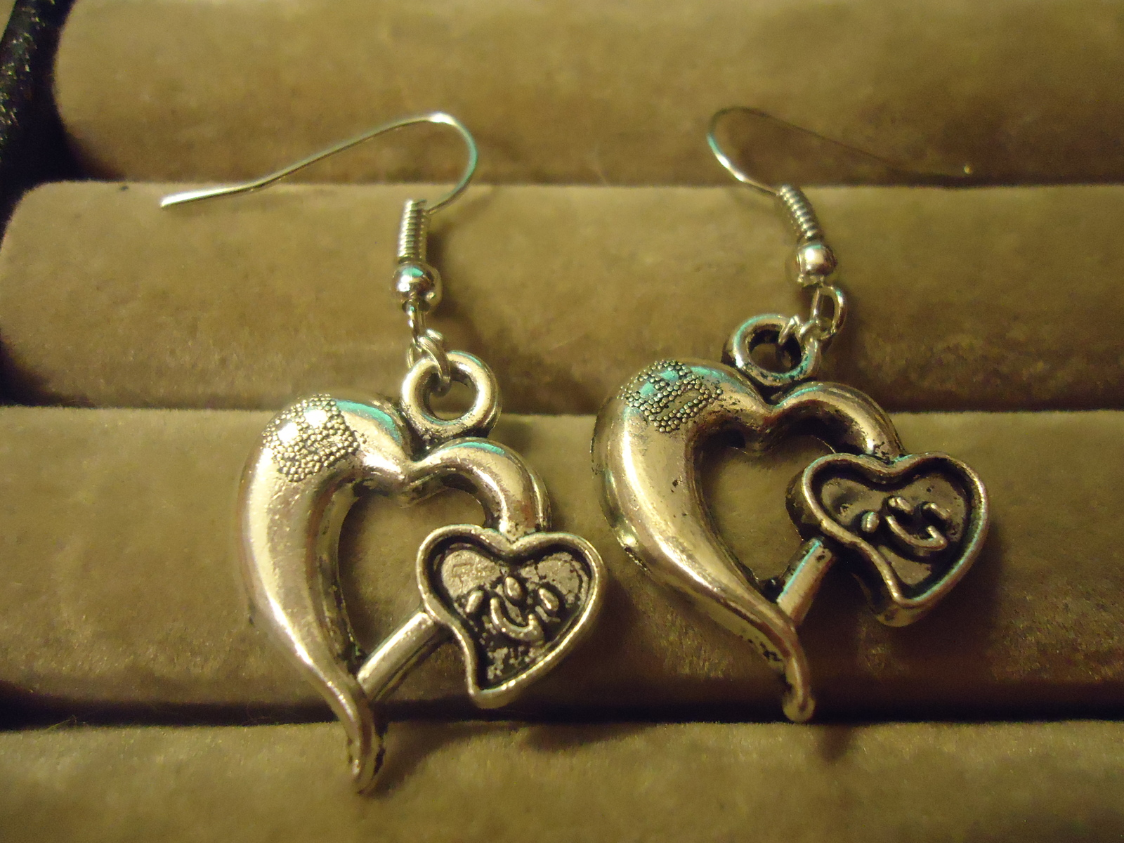 Primary image for DOUBLE HEART DANGLE EARRINGS    C/S & H AVAILABLE (Z96)