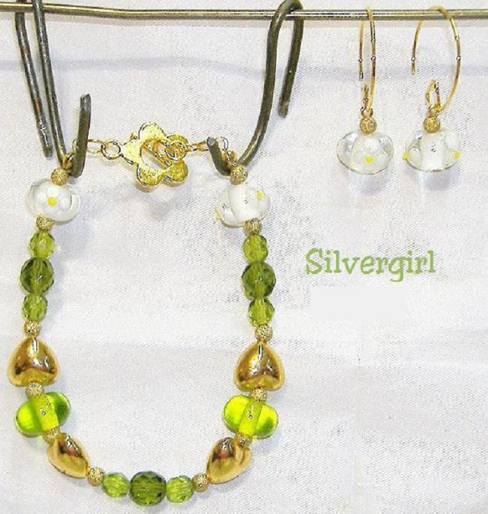 Green Gold Lampwork Heart Bracelet Earring Set