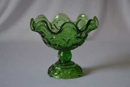 L E Smith Moon & Stars Glass Pedestal Bowl/Dish Green - $9.90