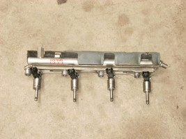 2012 FORD FOCUS FUEL RAIL WITH INJECTORS OEM