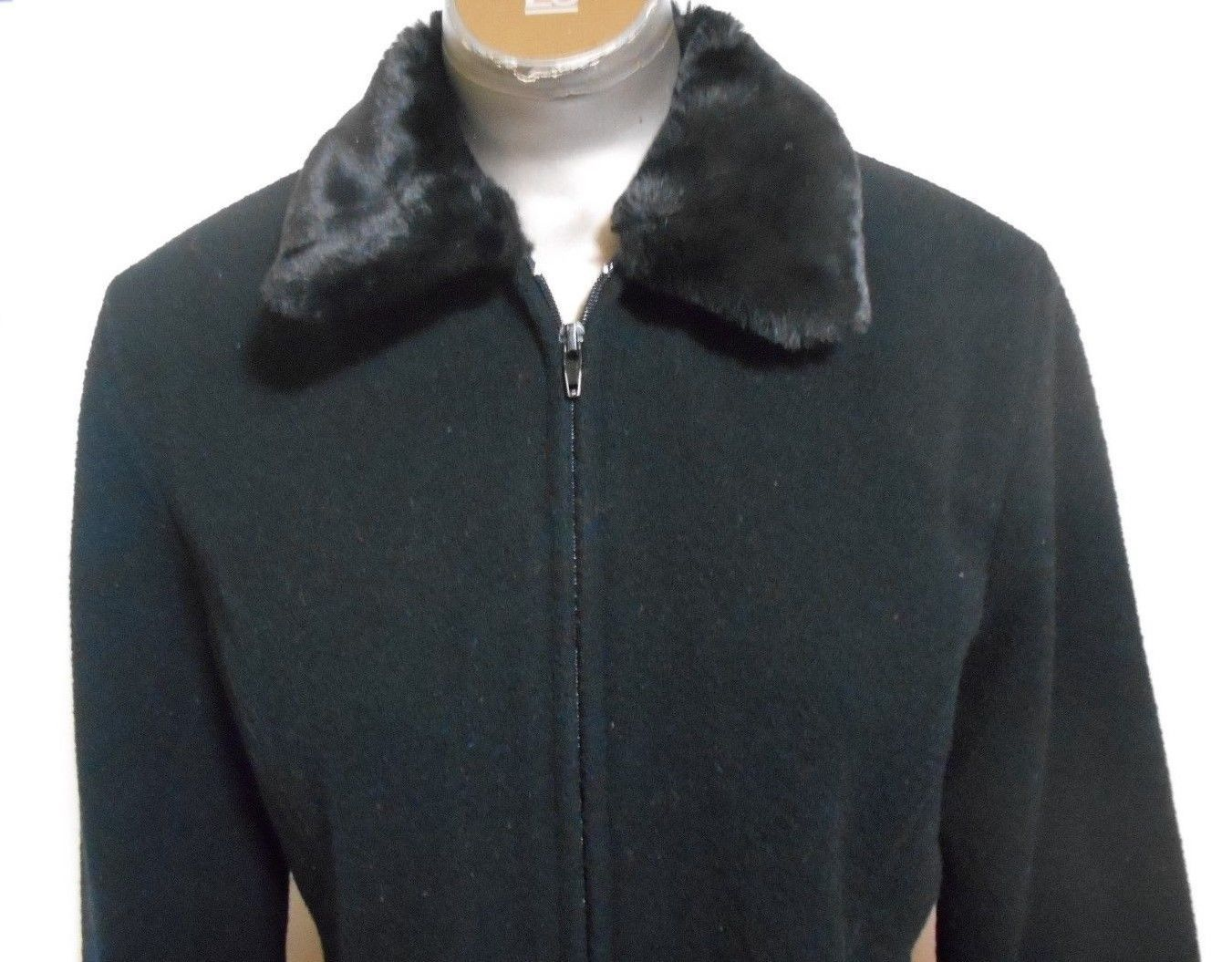 Forever 21 Size Large  Black Wool  Lined  Zipper Fur Collar Jacket  Made in USA
