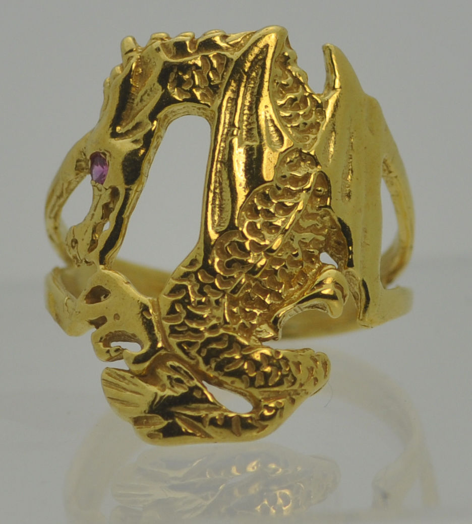 24K Gold Plated Baby Dragon Wrapped / grabbing your finger Ring Jewelry Ruby Eye