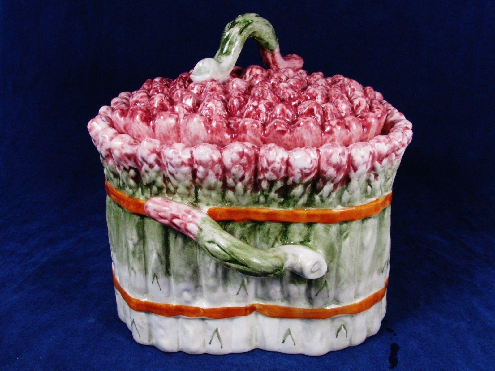 ... SUR LA TABLE MAJOLICA Green Asparagus Cookie Storage Jar Bread Pink Top  Portugal ...