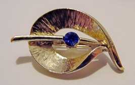 Brooch Pin Gold Color With Blue Stone Swirl on ... - $6.92