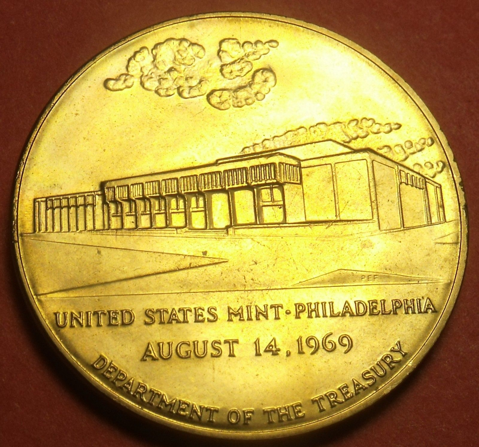 Primary image for Large 37.8mm Solid Bronze United States Mint Philadelphia Medallion~Free Ship