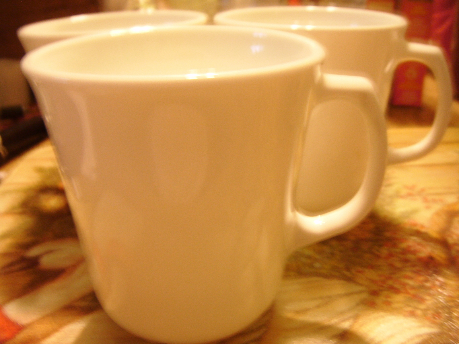 "Corelle Winter White Mugs/Cups (3) with ""D"" shape handle GUC"