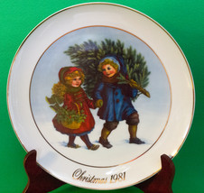 "Holiday Sale!  1981 Avon Collector's Plate ""Sharing The Christmas Spirit"" - $2.95"