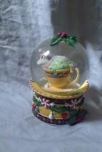 Enesco Mary Engelbreit Christmas Mouse Sleeping In Tea Cup Musical Snow ... - $24.99