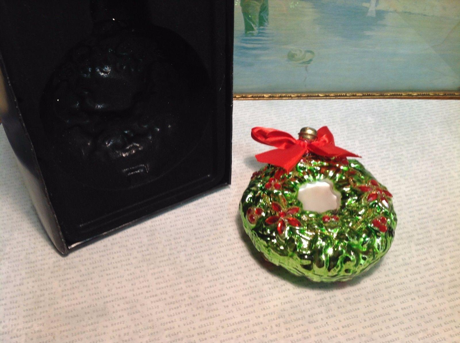 Green Glass Wreath Ornament w Bell