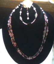Necklace Bracelet Earring set - $15.00