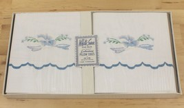 Vintage White Swan One Pair Embroidered Floral Pillowcases Unused In Box... - $37.95