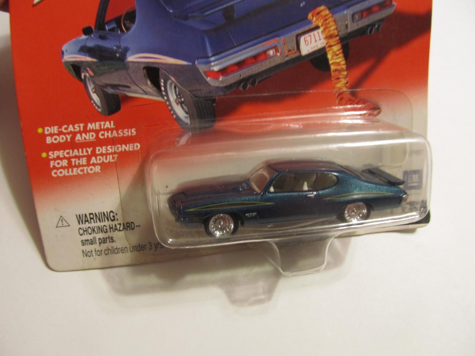 Pontiac GTO Johnny Lightning 1971 Green Hardtop GM Muscle Car Die-Cast Body