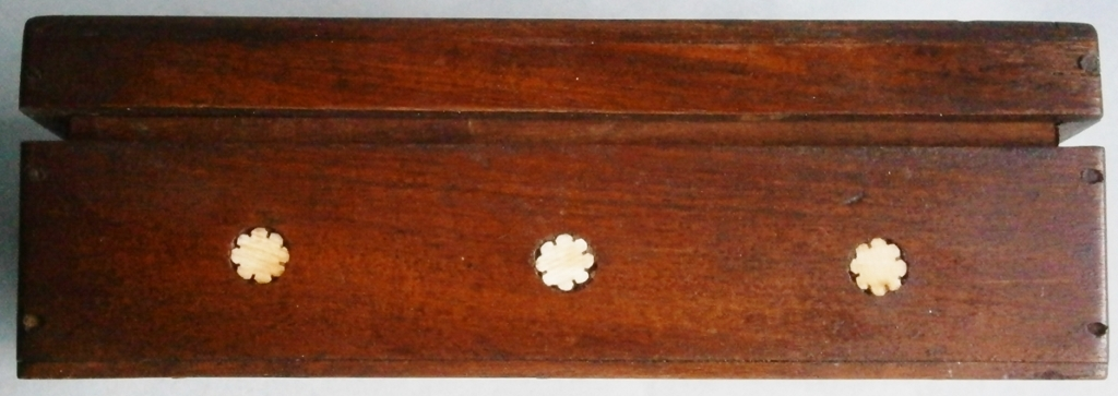 Antique Inlaid Wood Box decorated with Elephants and Floral Motif