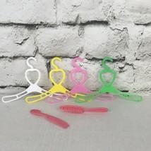 Vtg Plastic Heart Barbie Doll Handers Brush And Comb - $6.92