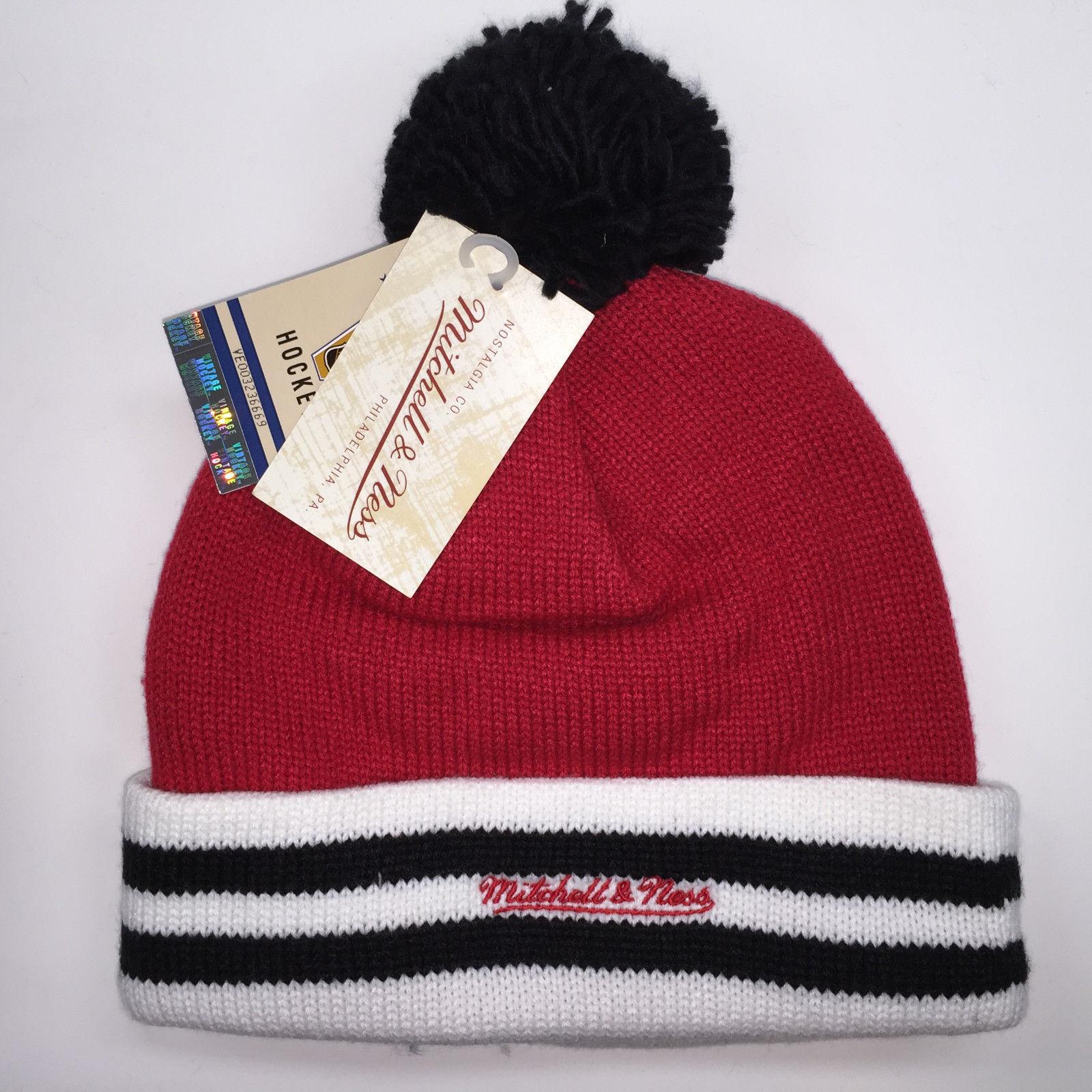 Mitchell & Ness NHL Chicago Blackhawks Cuffed Pom Knit Beanie 6311