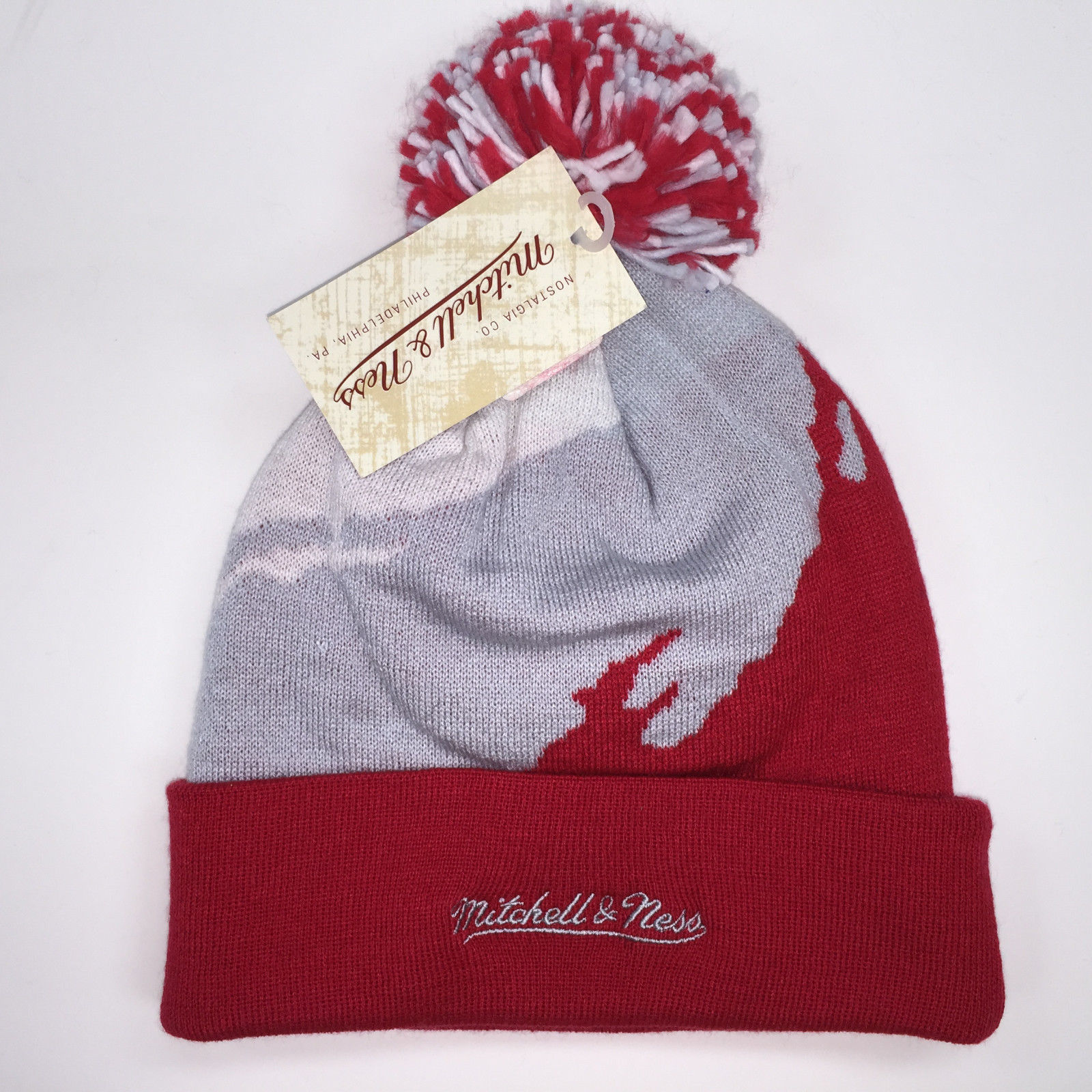 Mitchell & Ness NHL Detroit Red Wings Cuffed Pom Knit Beanie 10382