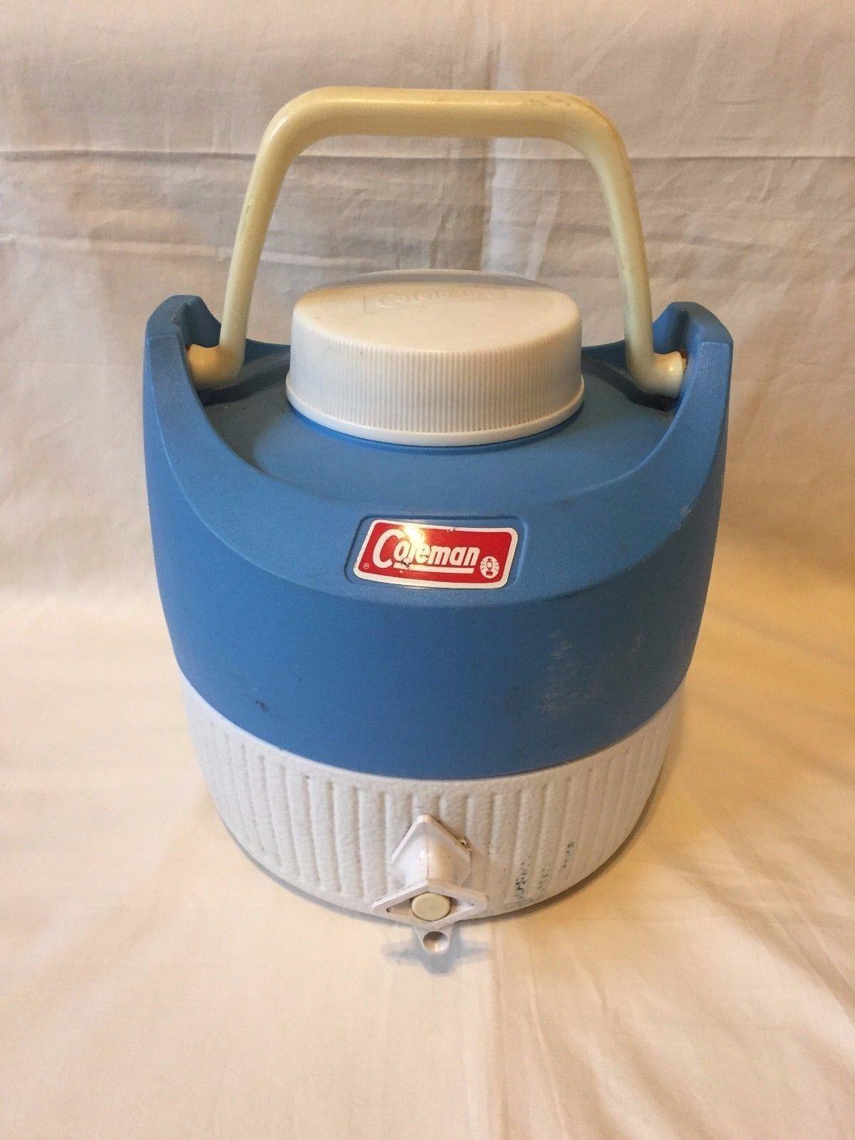 "Vtg Coleman Blue Water Jug 1 Gallon ""Shortie"" Cooler"