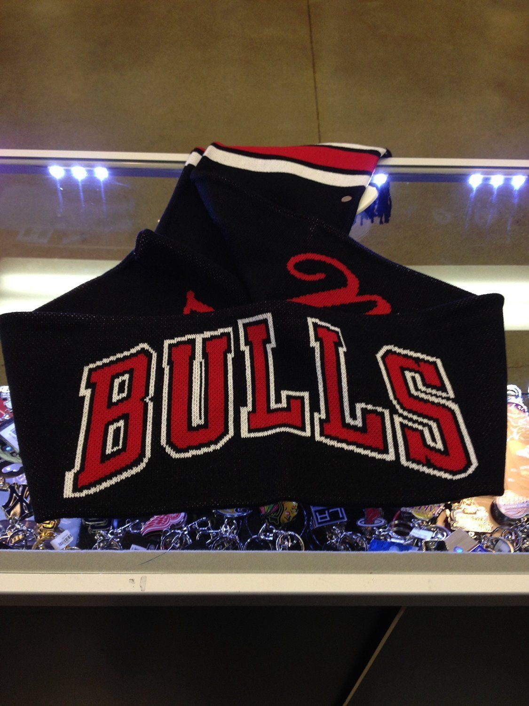 Mitchell & Ness NBA Chicago Bulls Blackout Stripe Scarf 11524