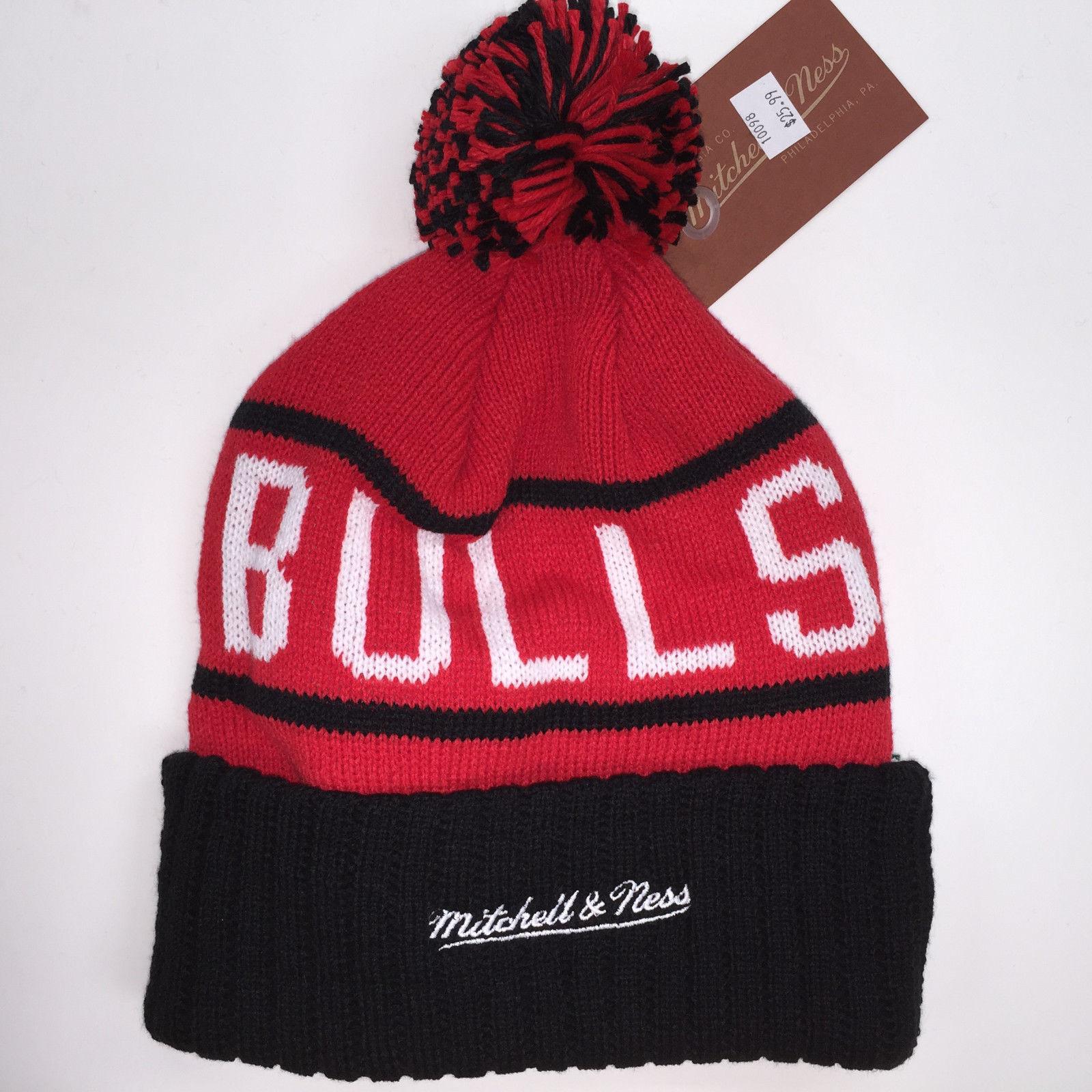 Mitchell & Ness NBA Chicago Bulls High 5 Cuffed Knit Beanie 10098