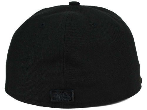 New Era 59Fifty MLB San Diego Padres Black on Black Fitted Cap