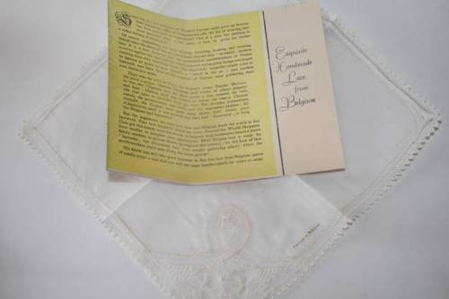 Vintage Belgium Off White Handmade Lace Hankie Unused in Box with Card  #1804