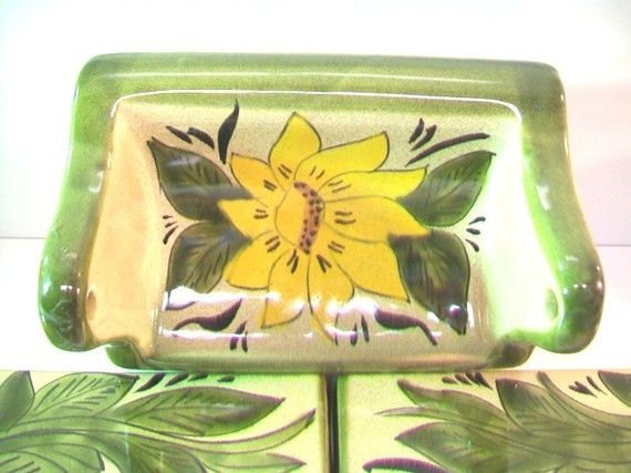 Mid-Century Ceramic Yellow Daisy Bath Fixtures Vintage Building Renovation Mater