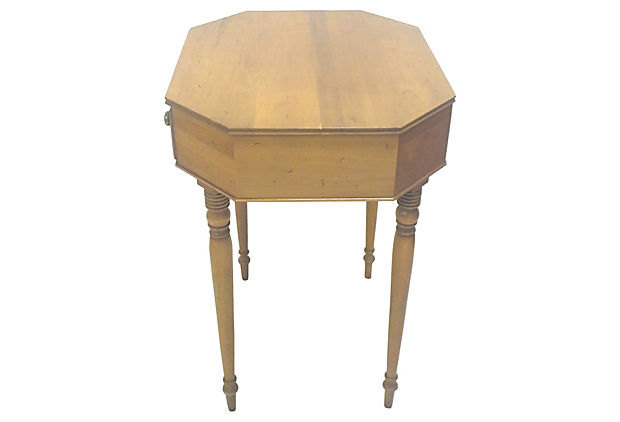 Vintage Federal Style Accent Occasional Table