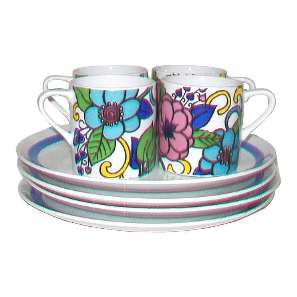 Vintage Pop Art Cups and Plates Snack Set for Four