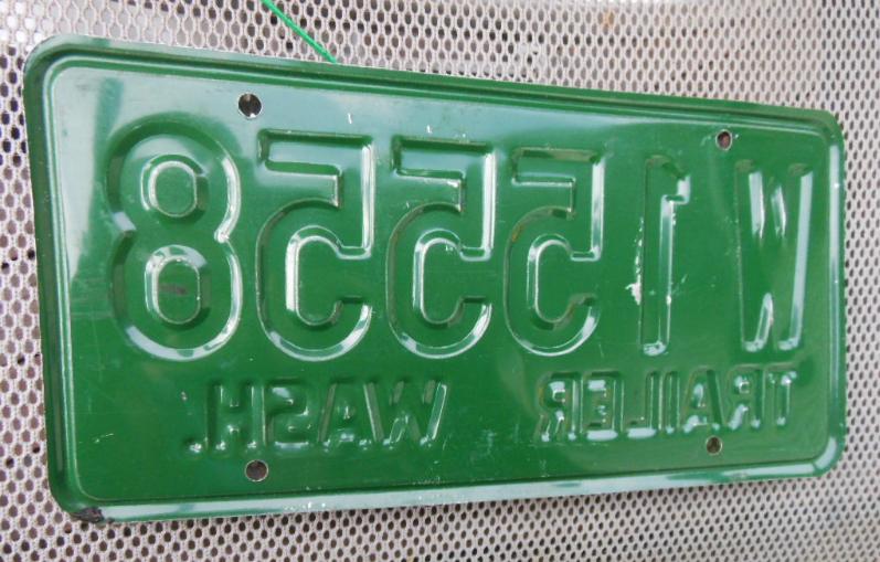 1959 Washington State Trailer License Plate - W 15558 - White on Green